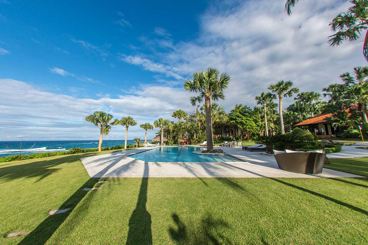 Ocean Front Villa For Sale