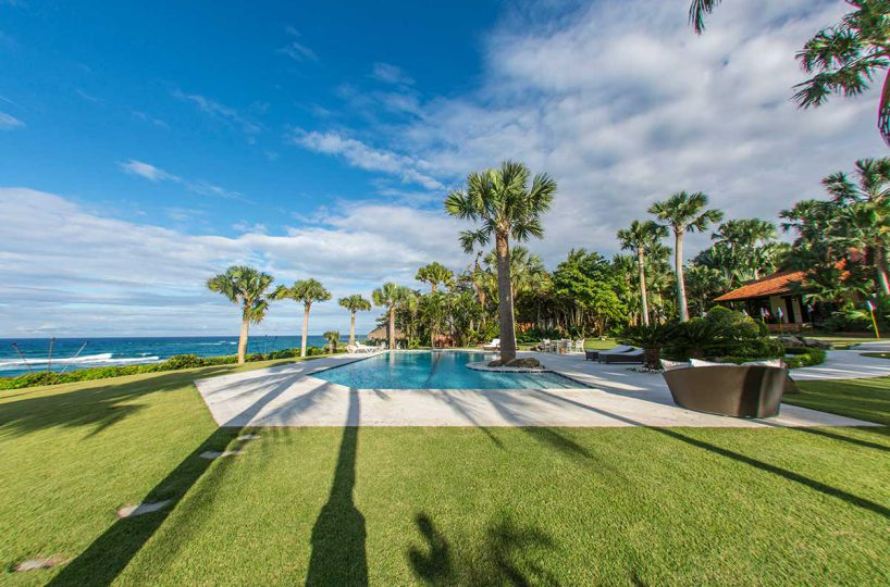 Ocean Front Villa For Sale