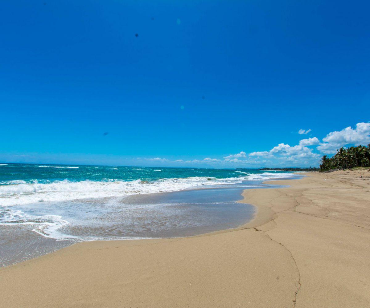 Ocean Front Lot For Sale